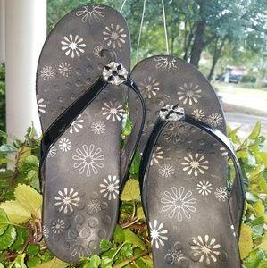 Vionic Thong Sandals